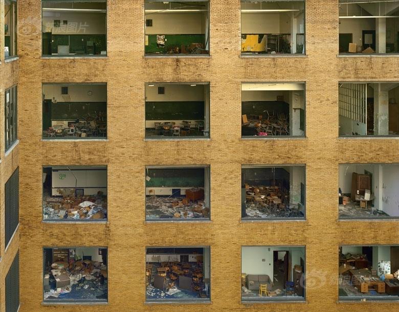 触目惊心 实拍被抛弃的底特律(图) - 妮子 - 妮